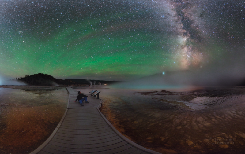 2017_08_26_Yellowstone_Nocni_Pano3_Airglow_1500px Horálek.png